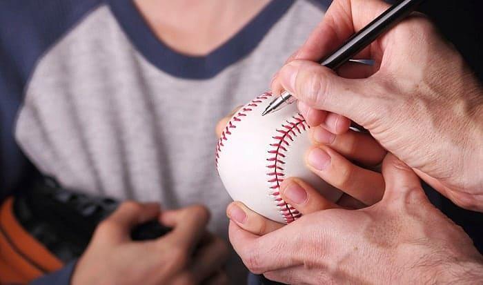 best-pen-to-sign-baseball