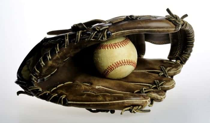 kids-baseball-glove-size