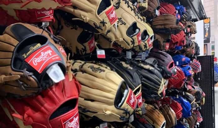 where are rawlings baseball gloves made