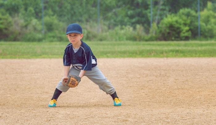 baseball-glove-for-10-year-old